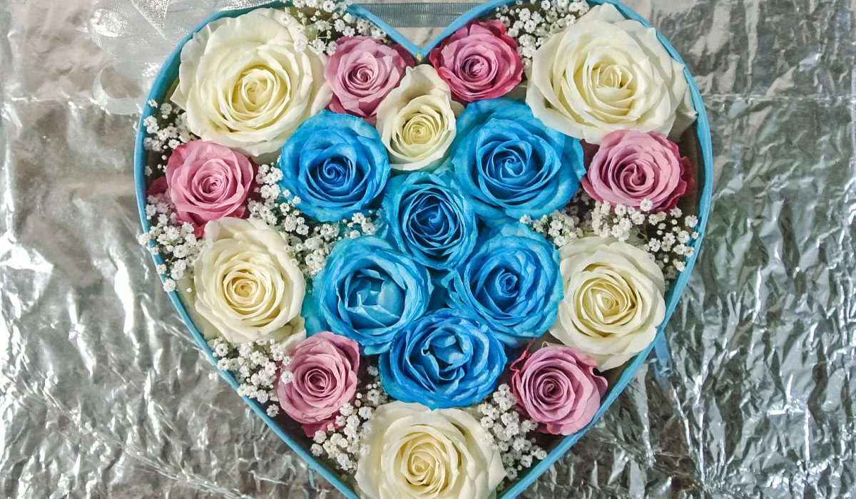 blue-rose-box-bouquet-bali